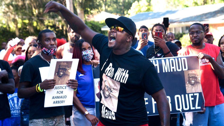 Wütende Demonstranten in Brunswick