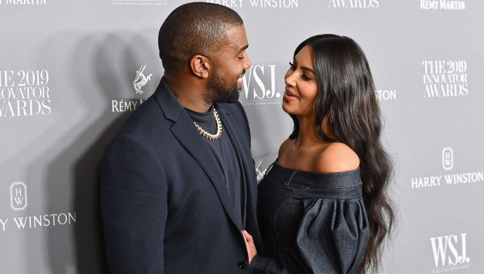 """Kim Kardashian mit Ehemann Kanye West: """"Eine Überraschung aus dem Himmel"""""""