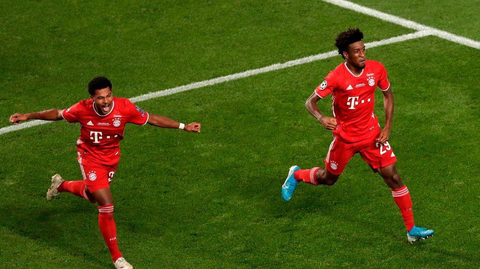 Kingsley Coman (r.) lässt den FC Bayern jubeln