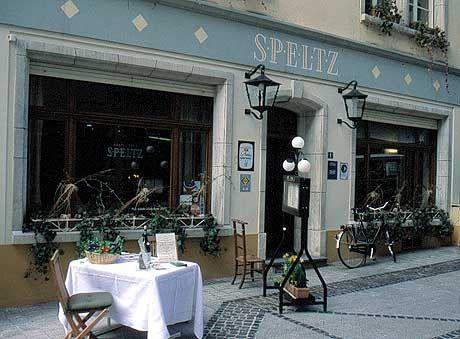 Sonnenschein statt Sterne: Das Restaurant Speltz offeriert klassische französische Küche