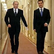 President Vladimir Putin (l) has expressed support for Deputy Prime Minister Dmitry Medvedev to succeed him.