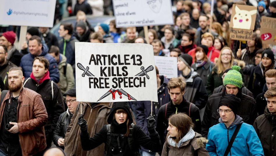 Demo gegen Artikel 13 in Berlin