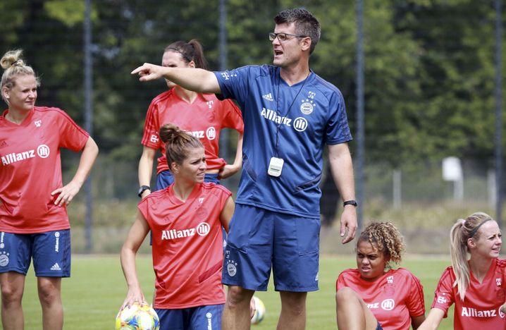 Trainer Jens Scheuer hat mit seinen Spielerinnen noch viel vor