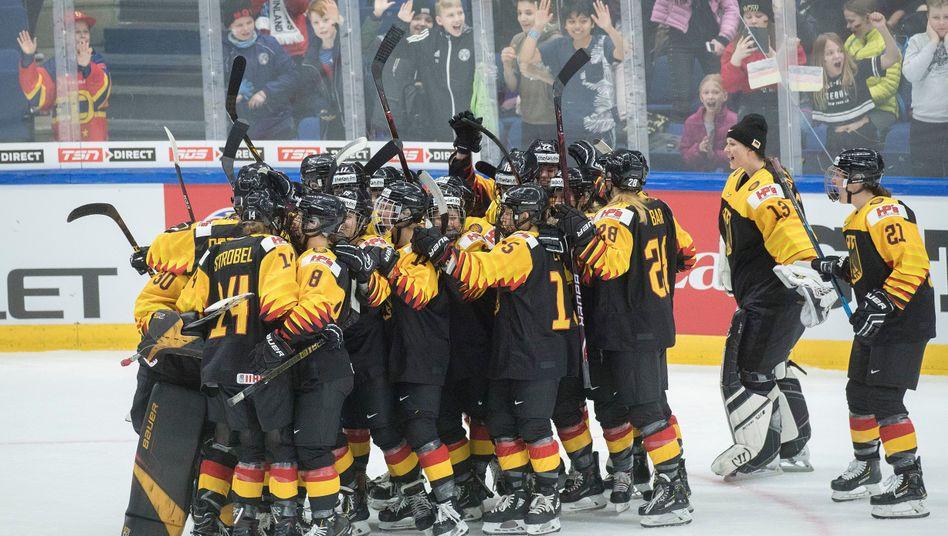 Deutsche Eishockey-Nationalmannschaft: Späte Niederlage gegen Frankreich