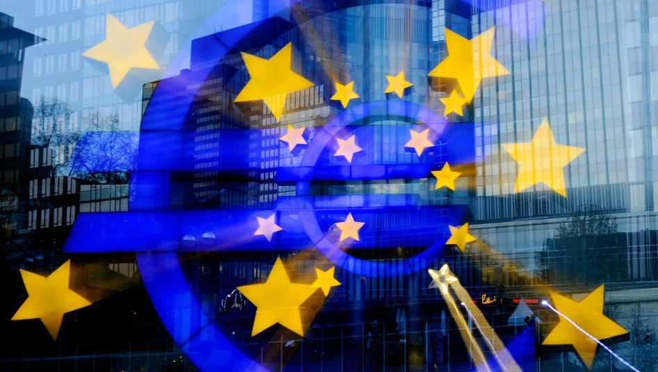 Europäische Zentralbank: Die sogenannten Hilfspakete lösen die Probleme nicht
