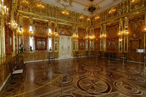 Nachbau des prächtigen Bernsteinzimmers im Katharinenpalast
