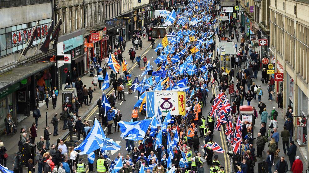 Schottland: Blauweiß für die Unabhängigkeit