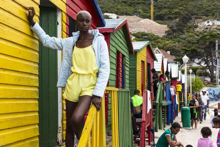 Vanessa am Strand von Kapstadt