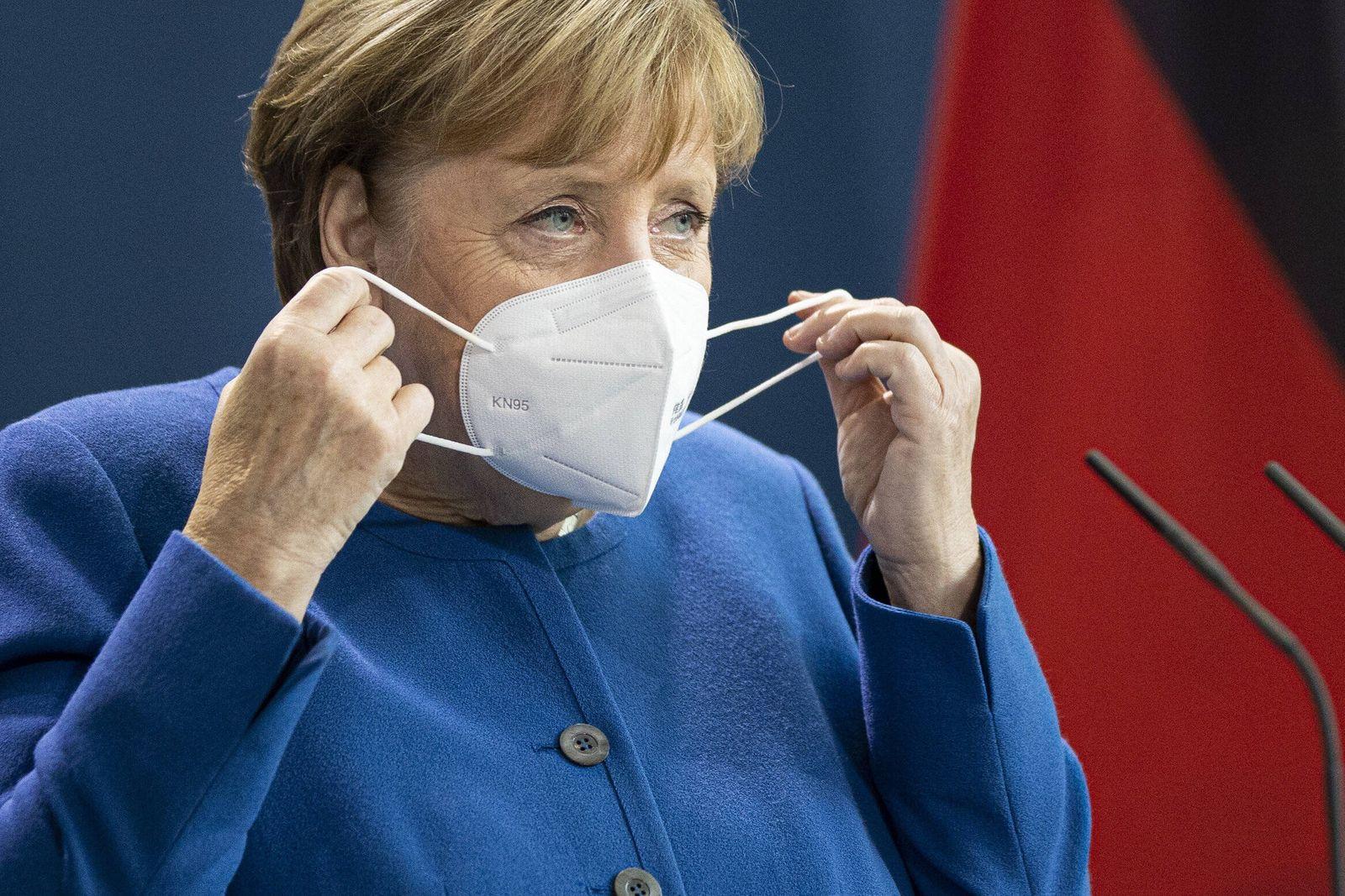 Angela Merkel, Bundeskanzlerin, aufgenommen waehrend einer Pressekonferenz mit Mustafa al-Kadhimi (nicht im Bild), Mini