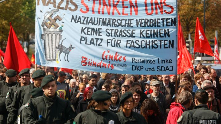 Photo Gallery: Germany's Political Plague