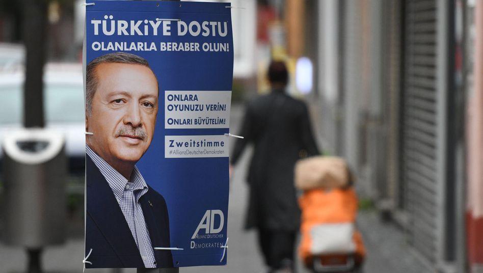ADD-Wahlplakat mit Recep Tayyip Erdogan