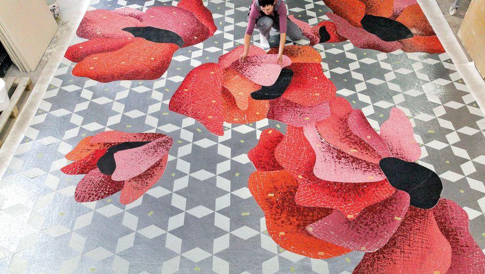 Welter Wandunikate: Die Berliner Manufaktur stellt in Handarbeit Tapeten und Paneele aus unterschiedlichen Materialien her
