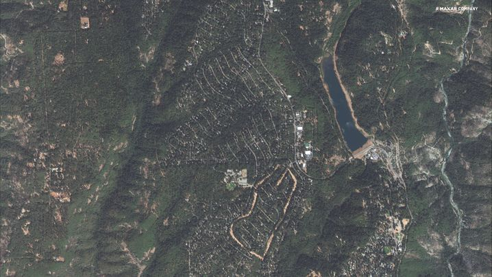 Paradise Pines und Magalia in Butte County