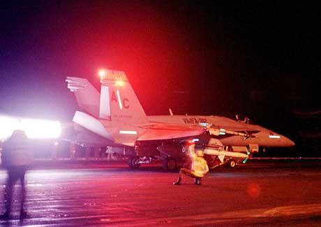 US-Kampfflugzeug im Golf: Was kommt nach dem Krieg?