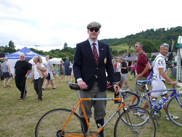 Bill Coughlan mit seinem Stahlrennrad: Bike und Biker harmonieren