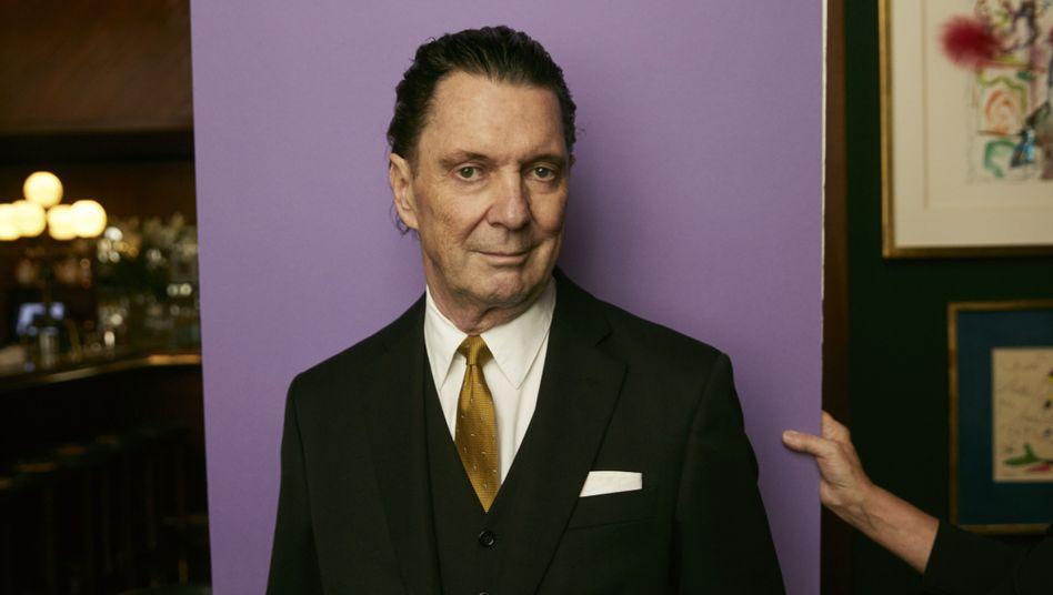 """Bestsellerautor Suter in Zürich: """"Als würde man sich ohne Krawatte wie ein Rocker fühlen"""""""