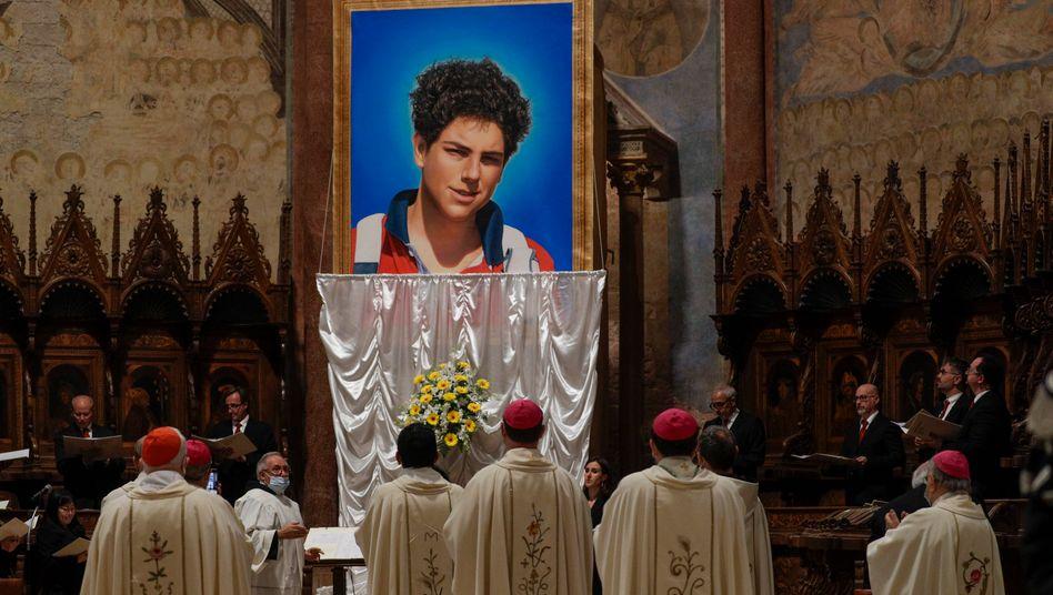 Messe zur Seligsprechung von Carlo Acutis in Assisi