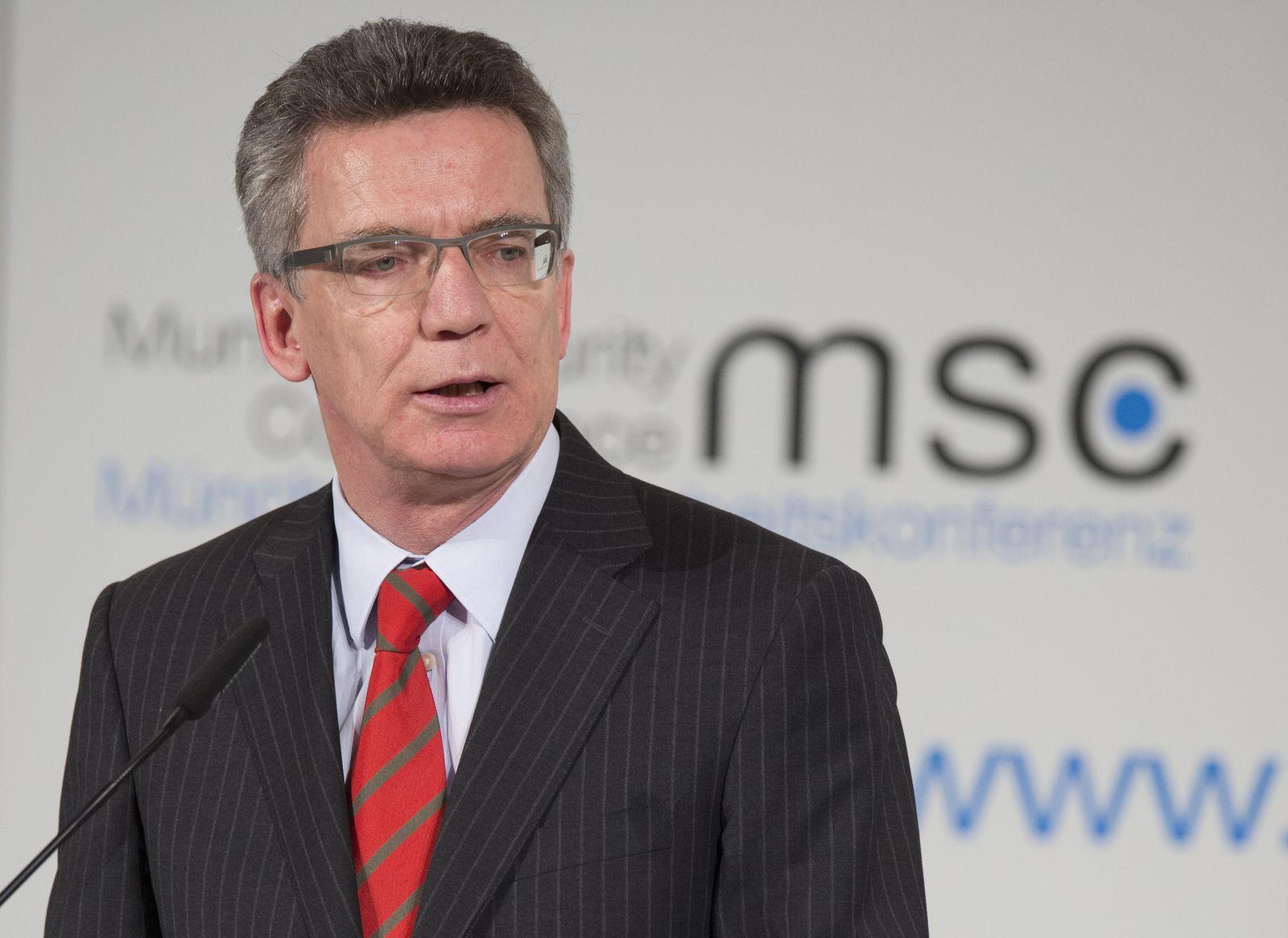 NICHT VERWENDEN Thomas de Maiziere / Sicherheitskonferenz