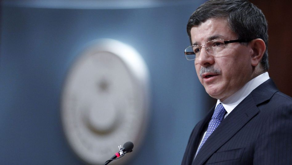 """Türkischer Außenminister Ahmet Davutoglu: """"US-Regierung muss Resolution blockieren"""""""