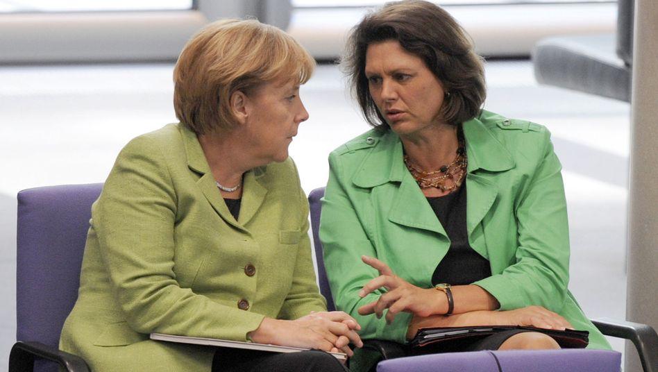 """Merkel (li.) und Aigner: Für """"Ruhe"""" gesorgt"""