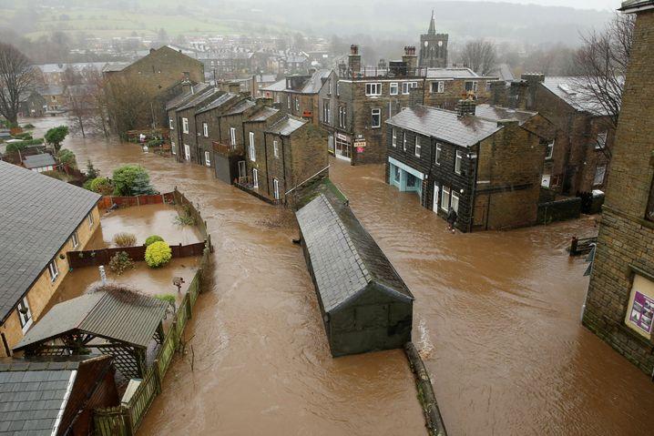 Braune Weihnachtsbrühe: Überschwemmungen in England;