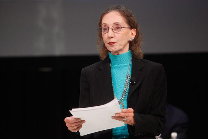 Authorin Joyce Carol Oates