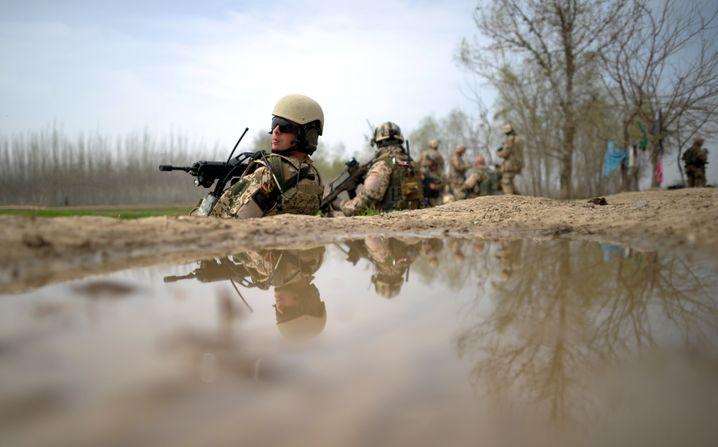Die Bundeswehr auf Patrouille in der Provinz Kunduz im Jahr 2012