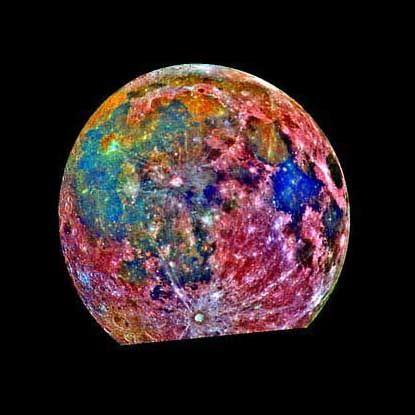 Falschfarbenaufnahme des Mondes: Winzige Fossilien im Kraterboden?