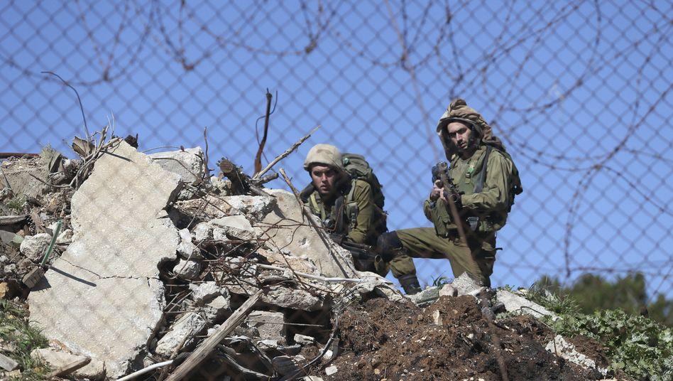 Israelische Soldaten bei Ramallah: Tödliche Schüsse in jüdischer Siedlung