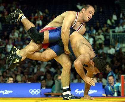 Olympiasieger Ljungberg (oben, 2000 in Sydney): Einer der besten Ringer aller Zeiten