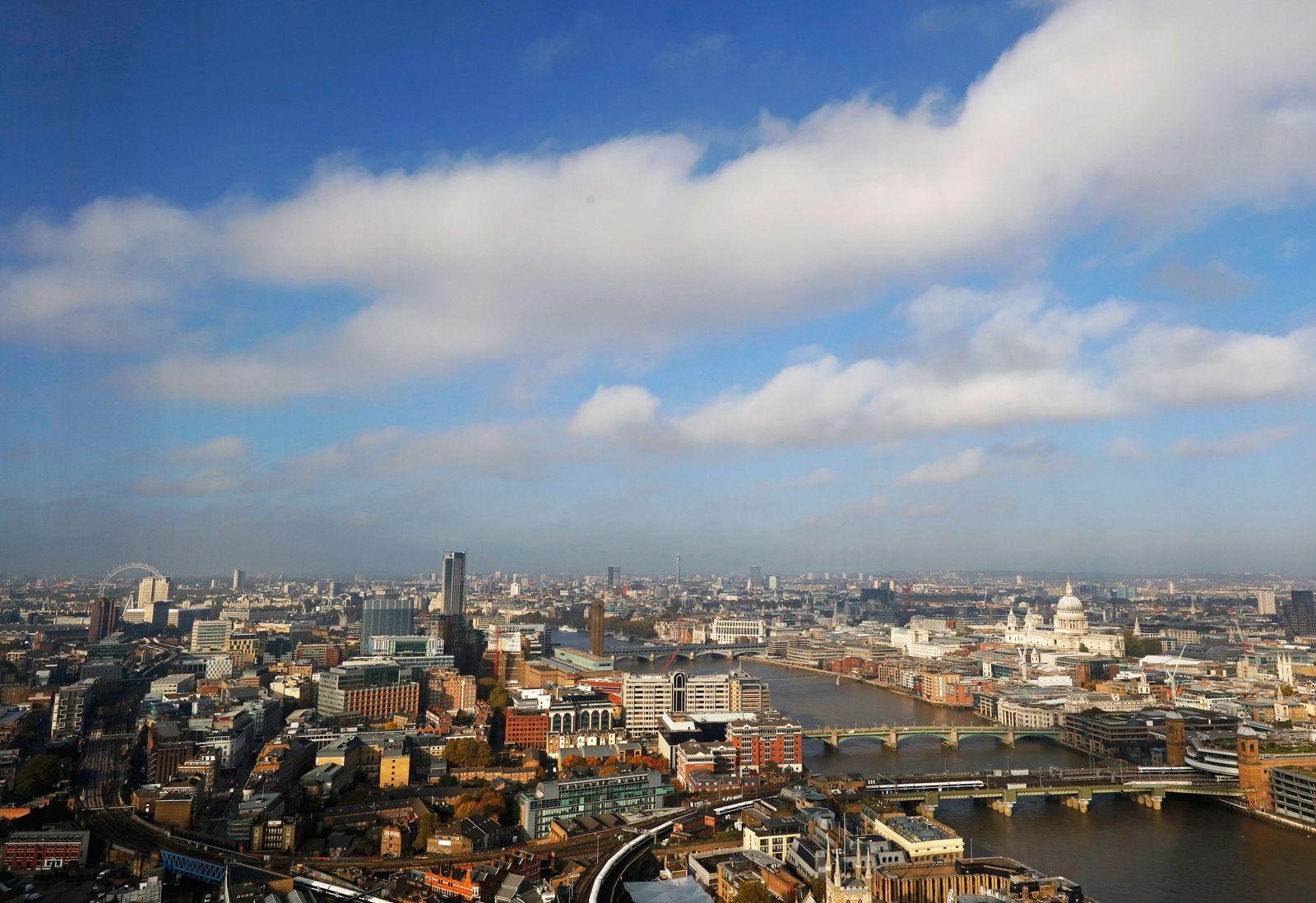 London / Skyline / London / Banken-Viertel / Banken / Banker