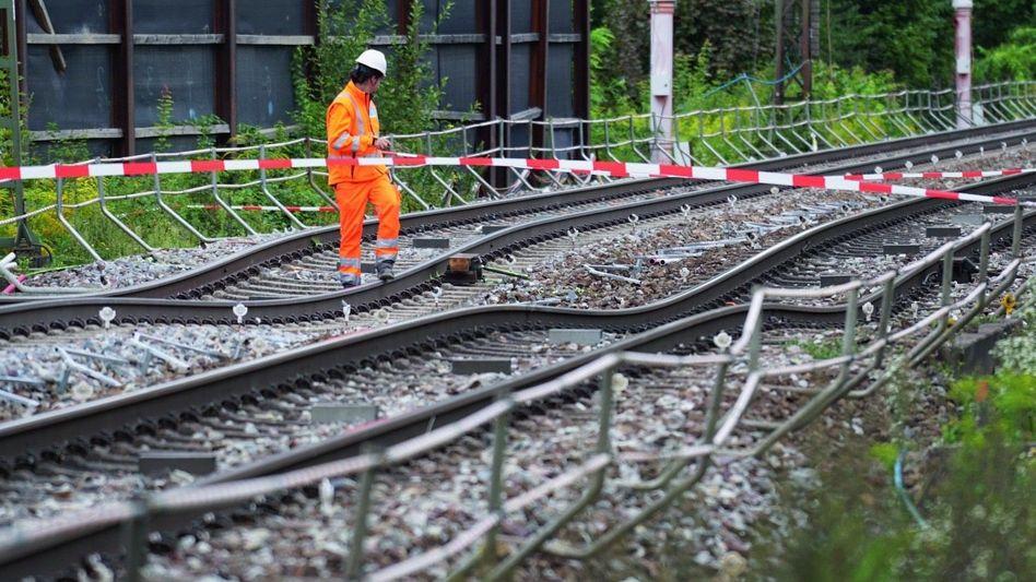 Gesperrte Strecke in Rastatt
