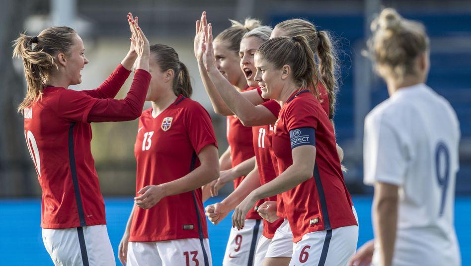 Norwegens Fußballerinnen jubeln