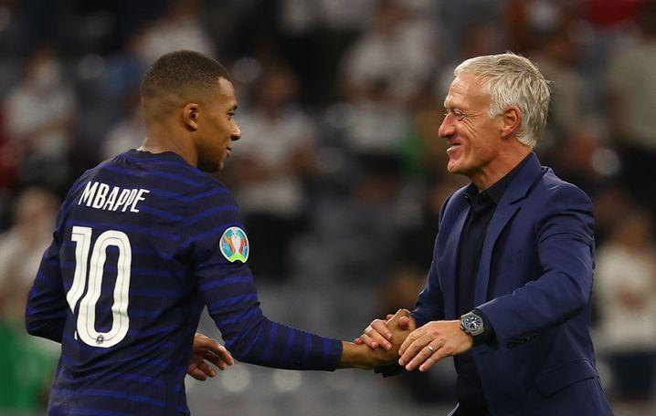 Didier Deschamps mit Kylian Mbappé