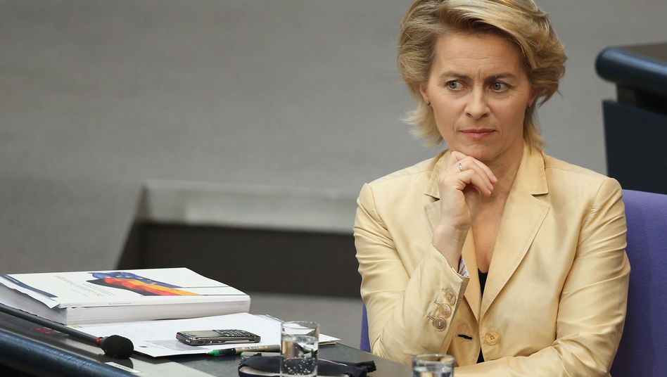 Bundesarbeitsministerin von der Leyen: Im Mittelpunkt der Kritik