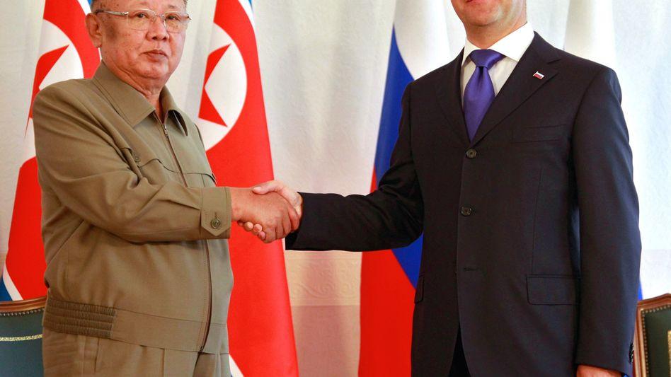 """Der russische Präsident Dmitrij Medwedew und Nordkoreas Machthaber Kim Jong Il: """"Ein angenehmer Zeitgenosse"""""""