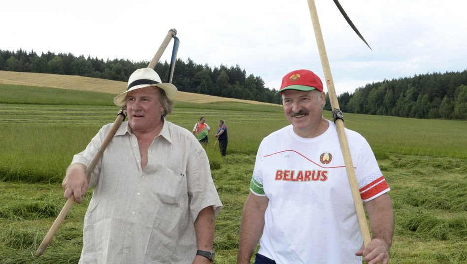 Landarbeiter unter sich: Gérard Depardieu und Alexander Lukaschenko