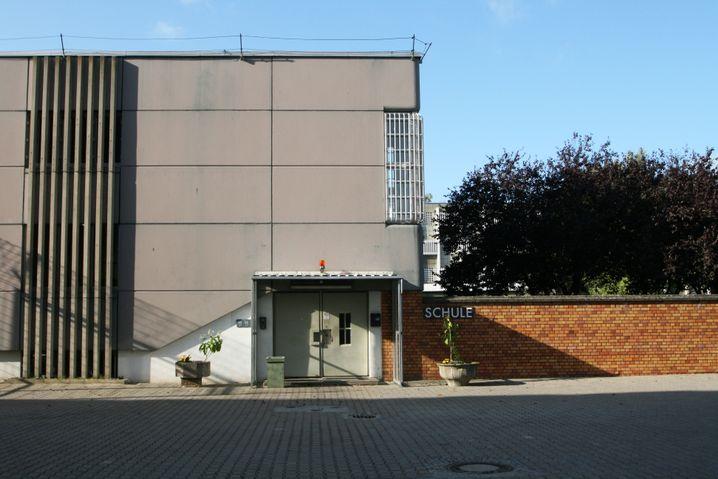 Schulgebäude der JVA Tegel