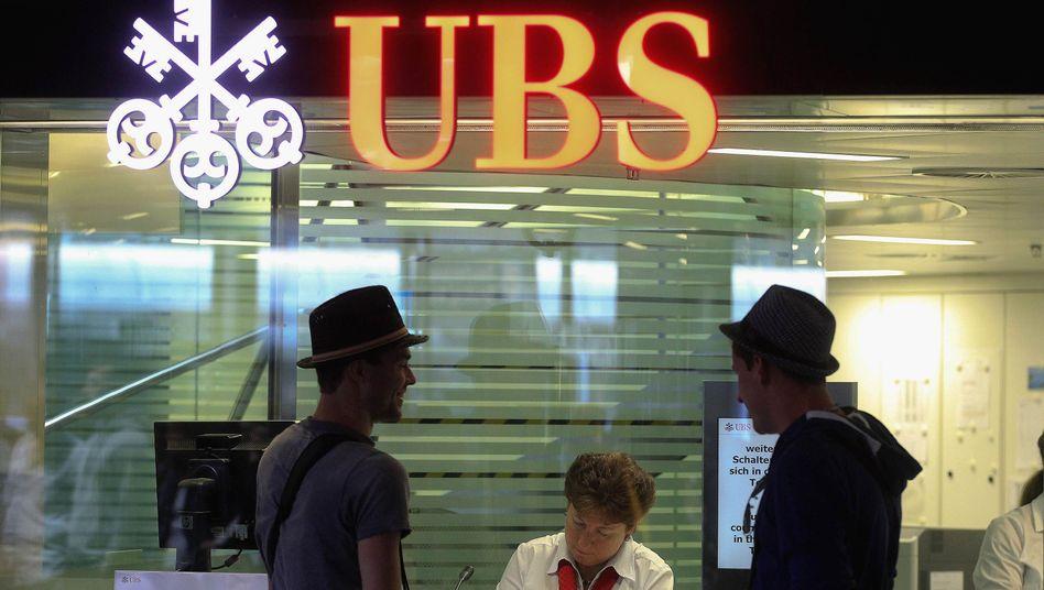 UBS-Filiale in Zürich: Schlechte Bilanz des Facebook-Börsengangs