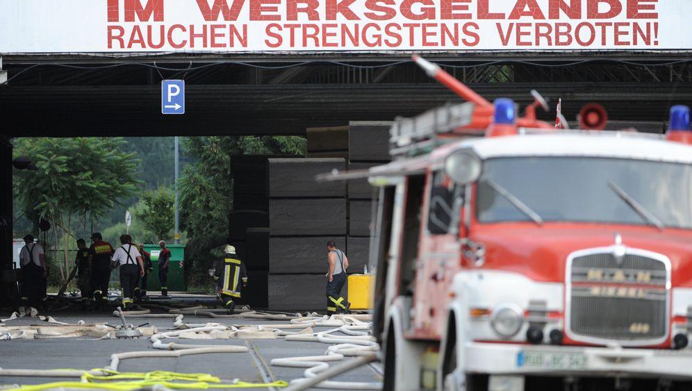 Feuerwehreinsatz in Oestrich-Winkel: Mit Wasser gegen das Giftgas