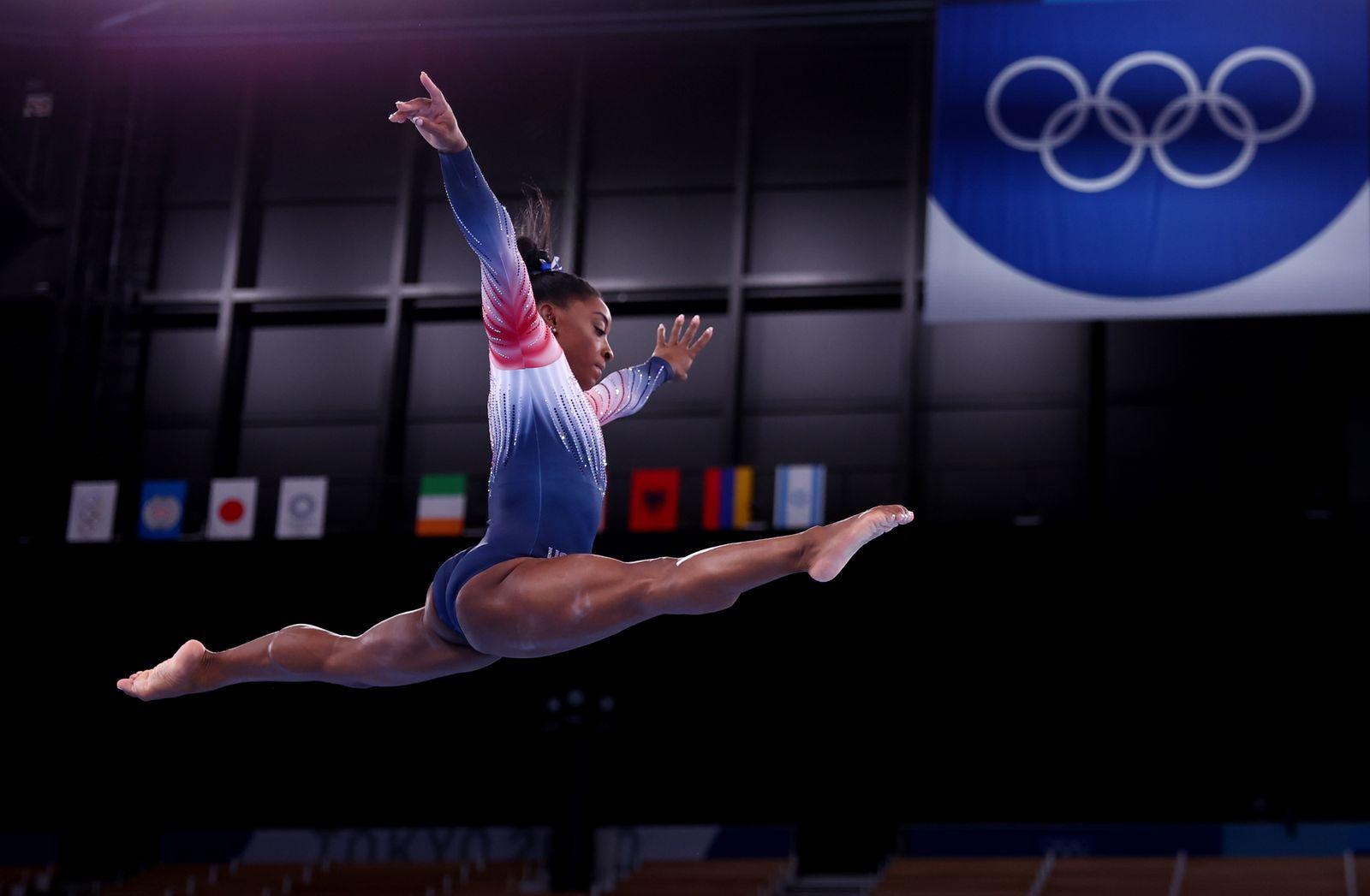 Gymnastics - Artistic - Gymnastics Training