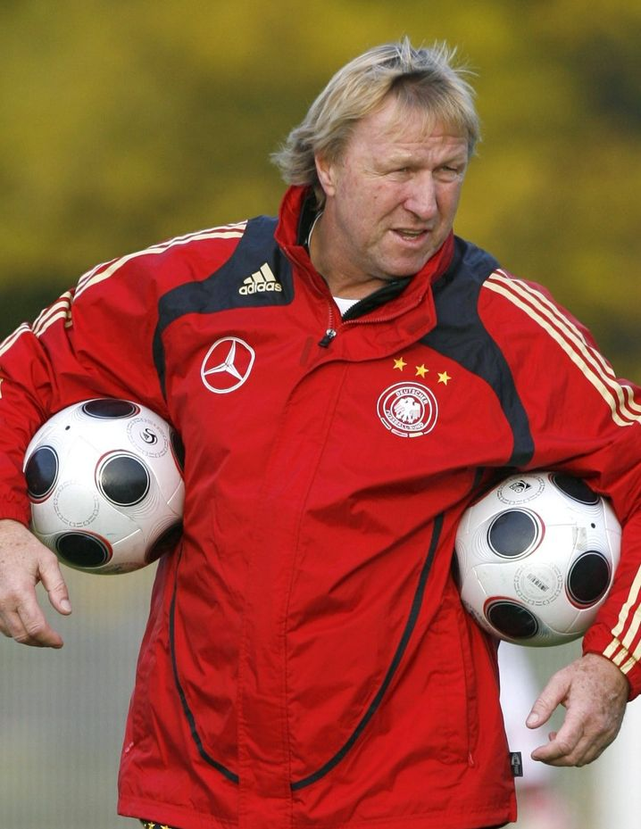U21-Trainer Hrubesch: EM-Titel im Blick