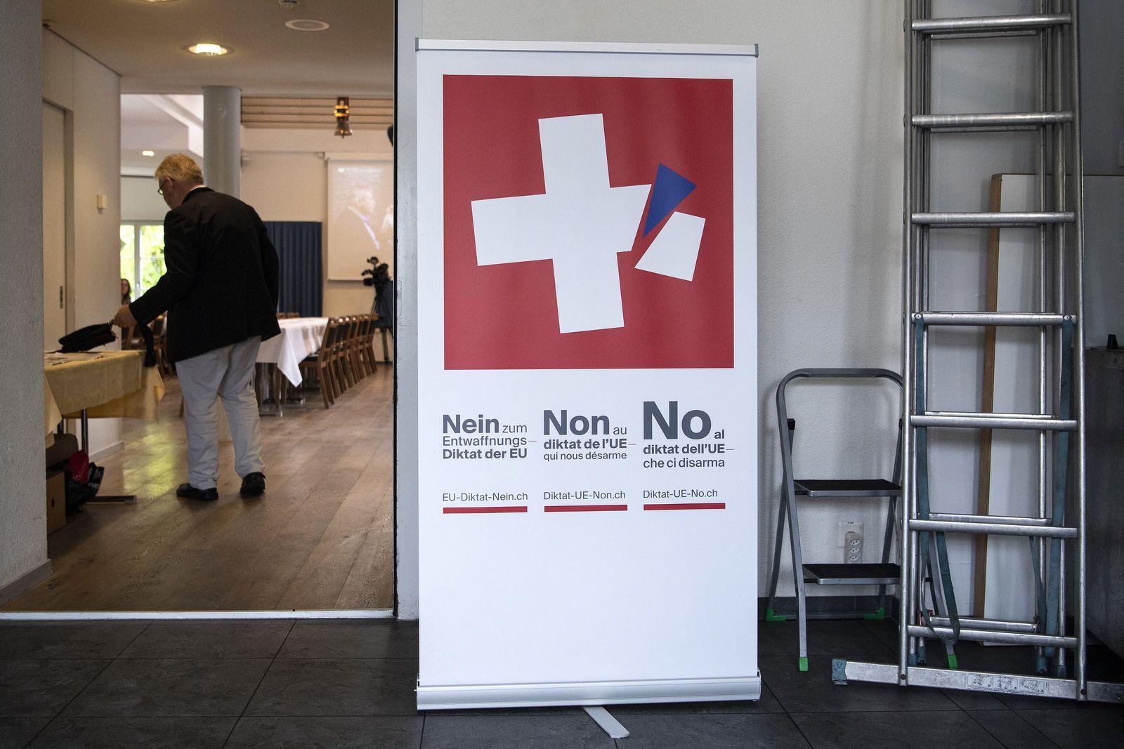Volksabstimmung in der Schweiz/ Waffenrecht