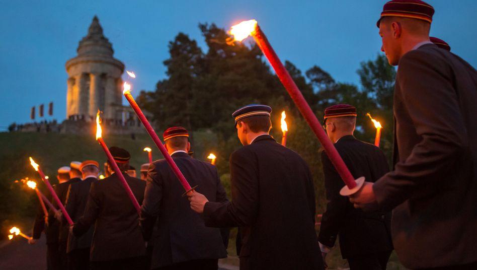 Fackelumzug beim Deutschen Burschenschaftstag (2015 in Eisennach)