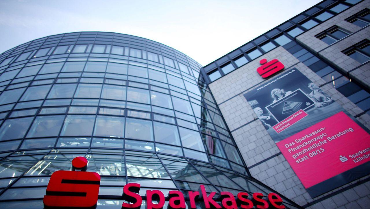 Sparkassen Und Volksbanken Bedroht