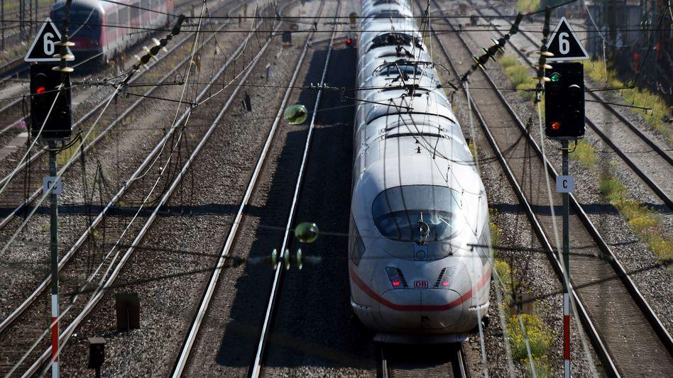 ICE in München: 75 Prozent der Züge rollen noch - trotz minimaler Auslastung