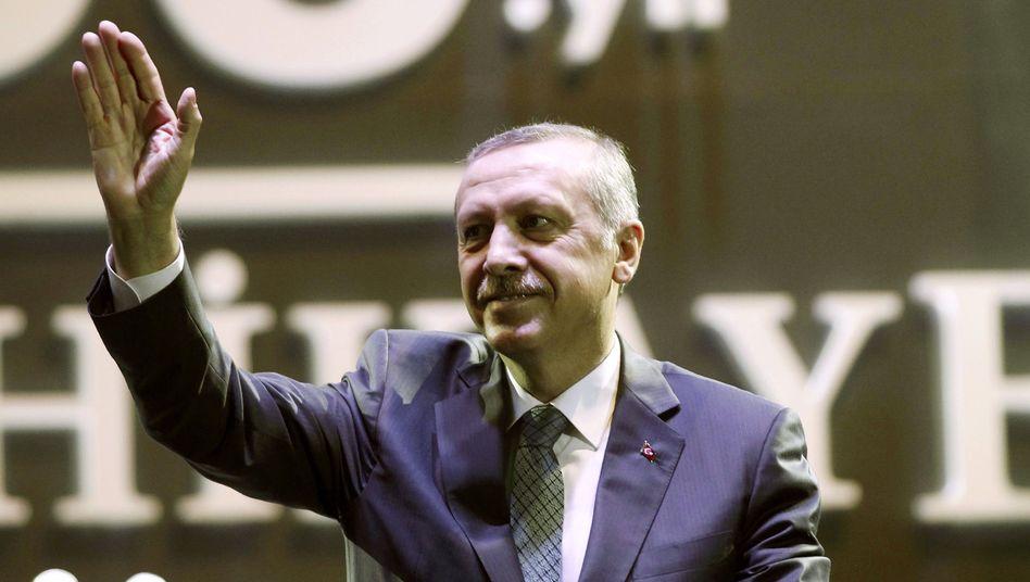 Der türkische Ministerpräsident Erdogan: Entlassungen bei Staatsbehörden
