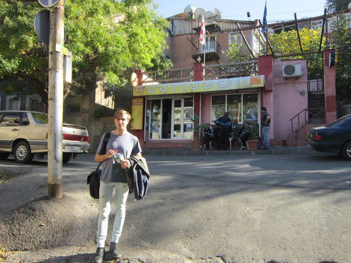 Joseph Sparsbrod in der Grischaschwili-Straße in Tiflis