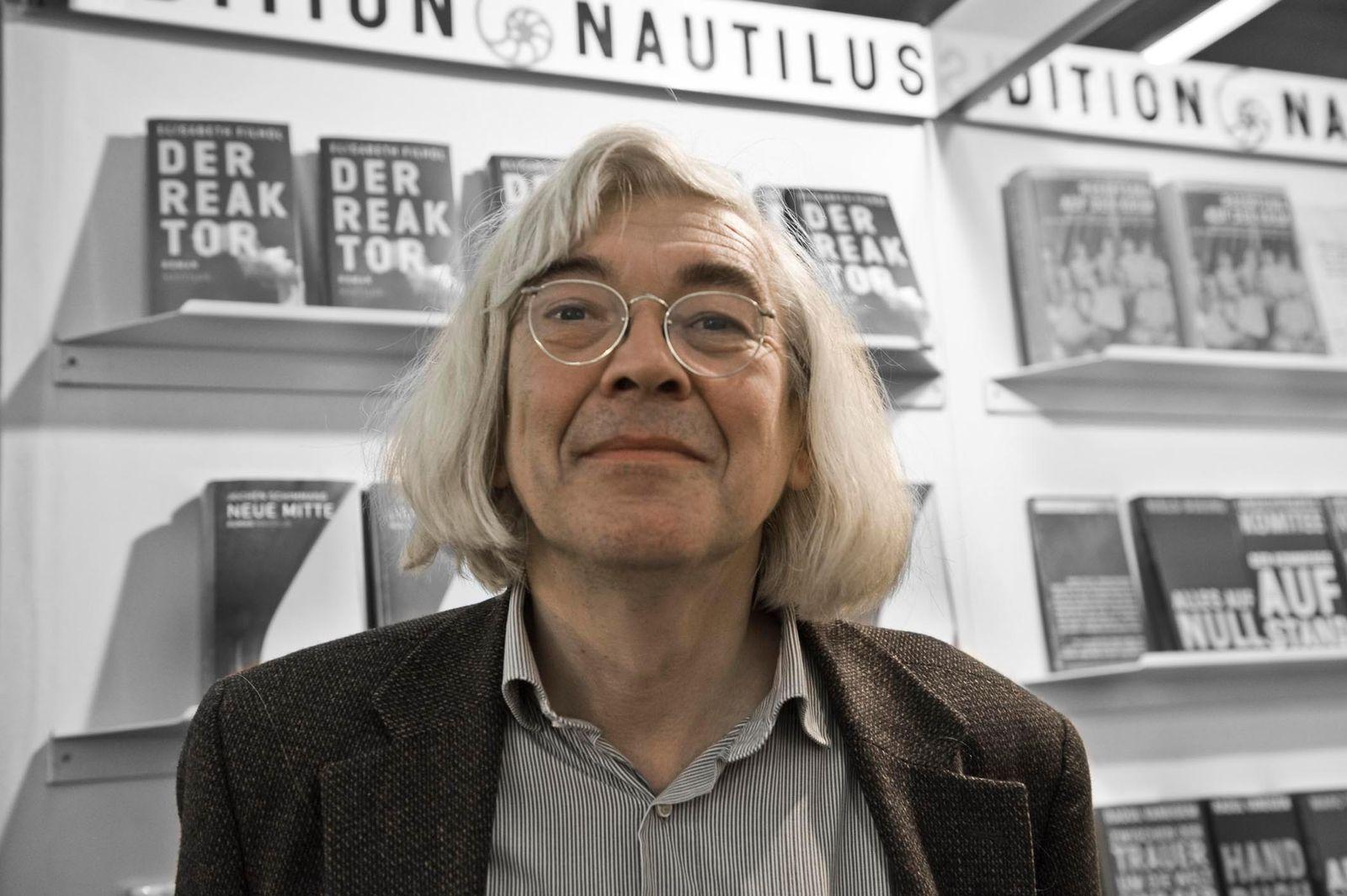EINMALIGE VERWENDUNG Lutz Schulenburg