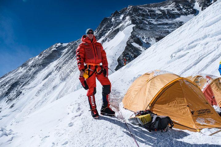 Lukas Furtenbach am Everest: Fast keinen Kontakt zu anderen Teams